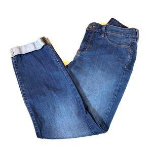 Euc NYDJ Sylvia cuffed cropped jeans 10
